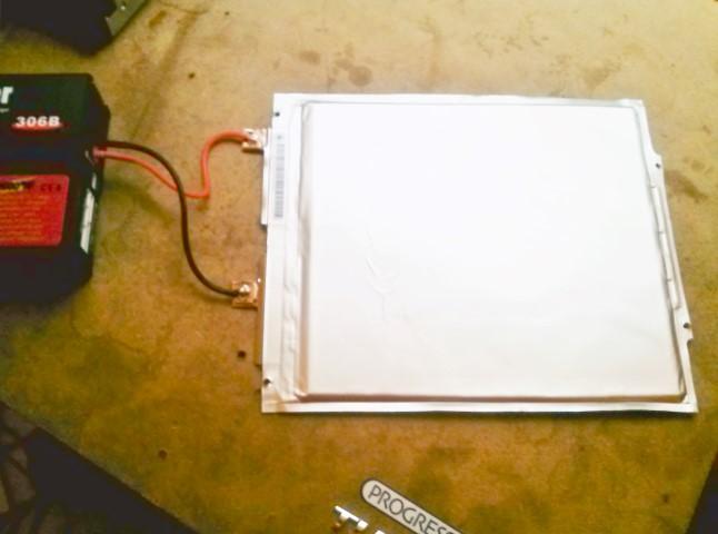 vybíjanie prismatickej batérie