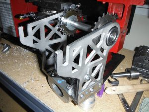 konštrukcia na stredový motor