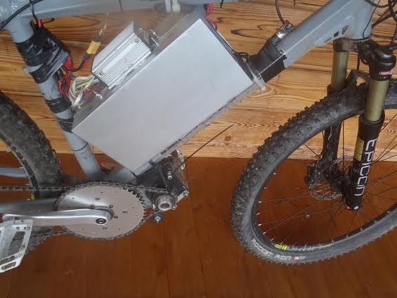 batéria na elektrobicykel do rámu cyclone motor